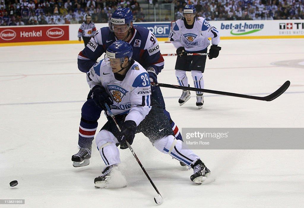 Finland v Slovakia - 2011 IIHF World Championship