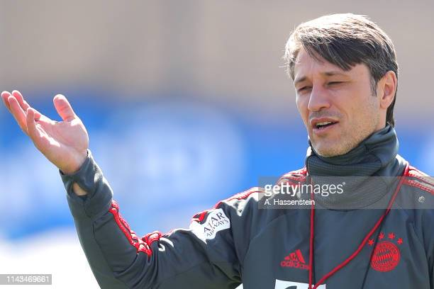 Niko Kovac, head coach of Bayern Muenchen talks to his palyers during a FC Bayern Muenchen training session at Saebener Strasse training ground on...