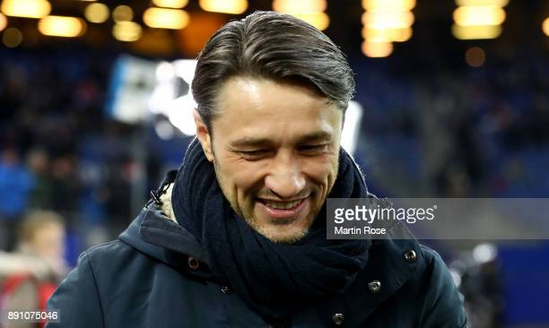 Niko Kovac head coach of Frankfurt looks on before the Bundesliga match between Hamburger SV and Eintracht Frankfurt at Volksparkstadion on December...