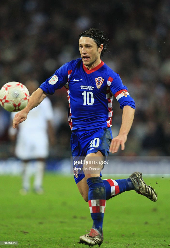 Niko Kovac of Croatia in action during the Euro 2008 Group E qualifying match between England and Croatia at Wembley Stadium on November 21, 2007 in London, England.