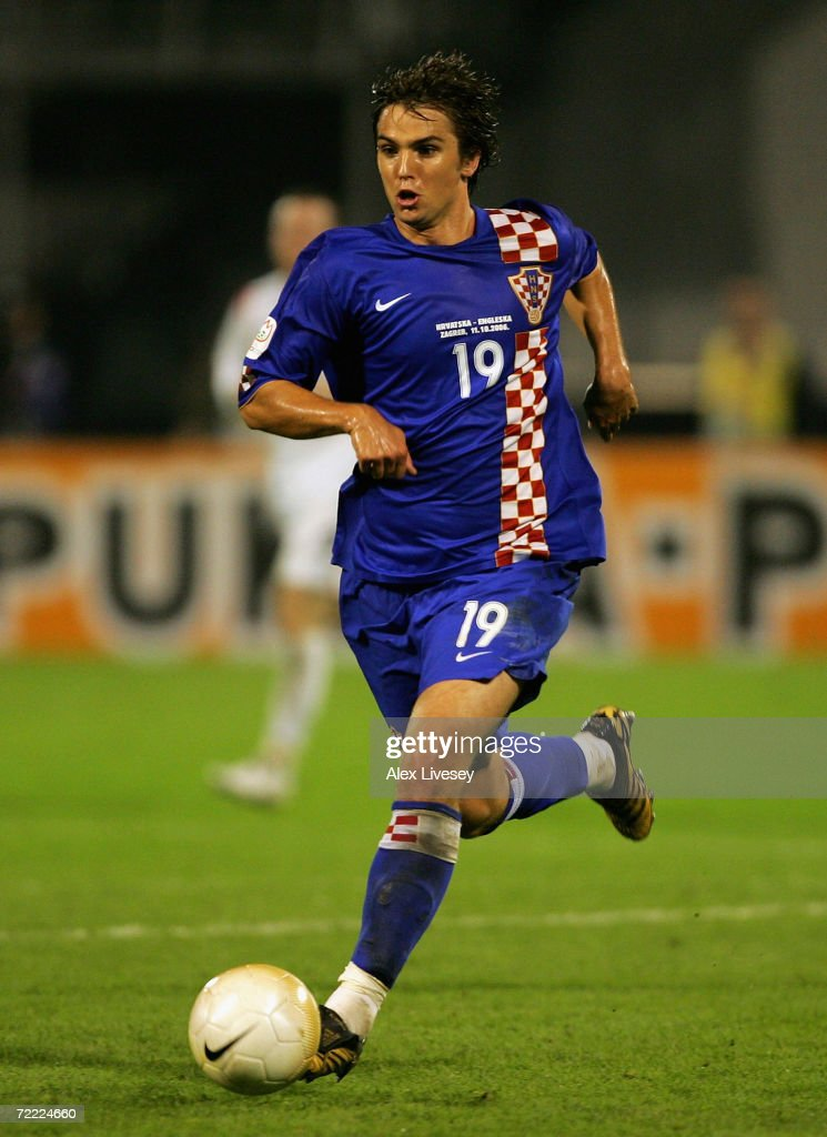 Niko Kranjcar of Croatia in action during the Euro2008 Qualifier match between Croatia and England at the Maksimir Stadium on October 11, 2006 in Zagreb, Croatia.
