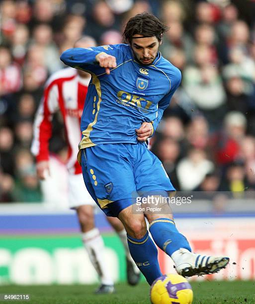 Niko Kranjcar of Portsmouth scores opening goal during the Barclays Premier League match between Stoke City and Portsmouth at Britannia Stadium on...