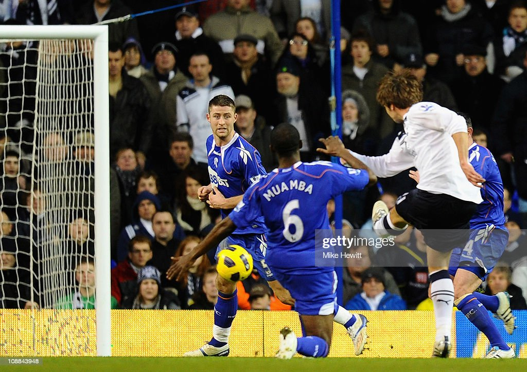 Tottenham Hotspur v Bolton Wanderers - Premier League