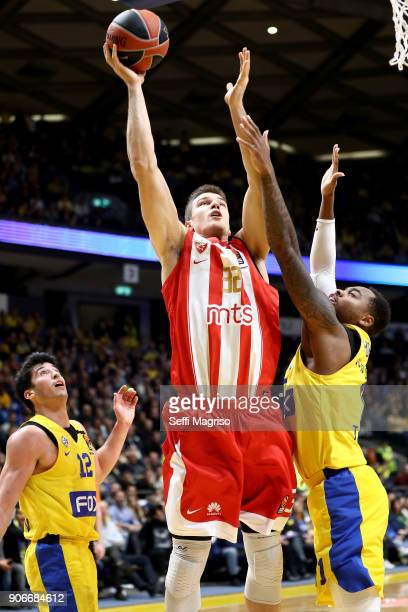 Nikola Jovanovic #32 of Crvena Zvezda mts Belgrade competes with Deshaun Thomas #1 of Maccabi Fox Tel Aviv during the 2017/2018 Turkish Airlines...