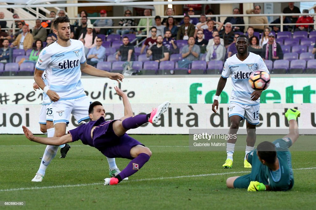 Nikola Kalinc of ACF Fiorentina scores a goal during the Serie A match between ACF Fiorentina and SS Lazio at Stadio Artemio Franchi on May 13, 2017 in Florence, Italy.
