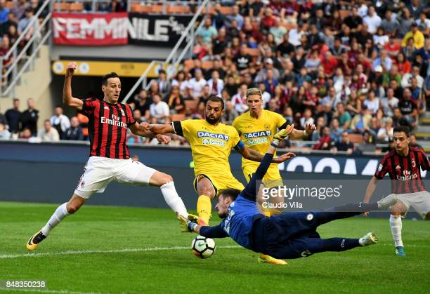 Nikola Kalinic of AC Milan scores the opening goal during the Serie A match between AC Milan and Udinese Calcio at Stadio Giuseppe Meazza on...