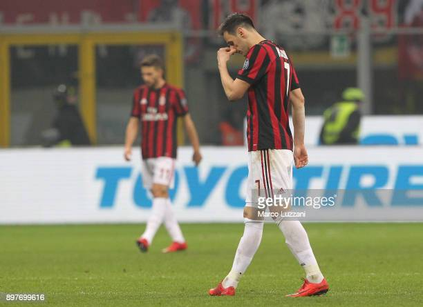 Nikola Kalinic of AC Milan shows his dejection during the serie A match between AC Milan and Atalanta BC at Stadio Giuseppe Meazza on December 23...