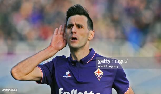 Nikola Kalinic of ACF Fiorentina celebrates after scoring a goal during Italian Serie A soccer match between ACF Fiorentina and Cagliari Calcio at...