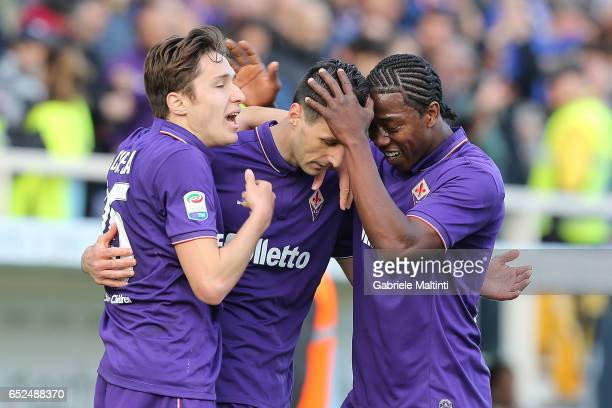 Nikola Kalinic of ACF Fiorentina celebrates after scoring a goal during the Serie A match between ACF Fiorentina and Cagliari Calcio at Stadio...