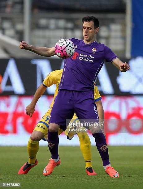 Nikola Kalinic of ACF Fiorentina in action during the Serie A match between Frosinone Calcio and ACF Fiorentina at Stadio Matusa on March 20 2016 in...