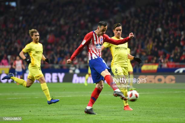 Nikola Kalinic of Club Atletico de Madrid scores to make it 1-0 during the Copa del Rey Round of 16 match between Atletico Madrid and Girona at Wanda...