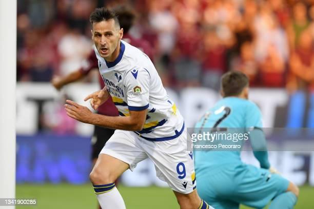 Nikola Kalinic of Hellas Verona FC celebrates after scoring the 0-1 goal during the Serie A match between US Salernitana v Hellas Verona FC at Stadio...
