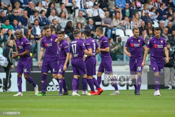 Nikola Milenkovic of ACF Fiorentina celebrates with his teammates after scoring the first goal of his team during the Serie A match between Juventus...