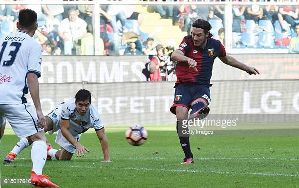 Nikola Ninkovic of Genoa in action during the Serie A match between Genoa CFC and Empoli FC at Stadio Luigi Ferraris on October 16 2016 in Genoa Italy