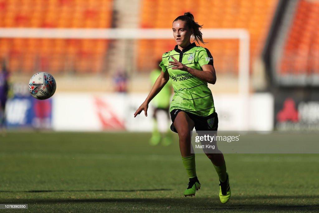 W-League Rd 6 - Western Sydney v Canberra : News Photo