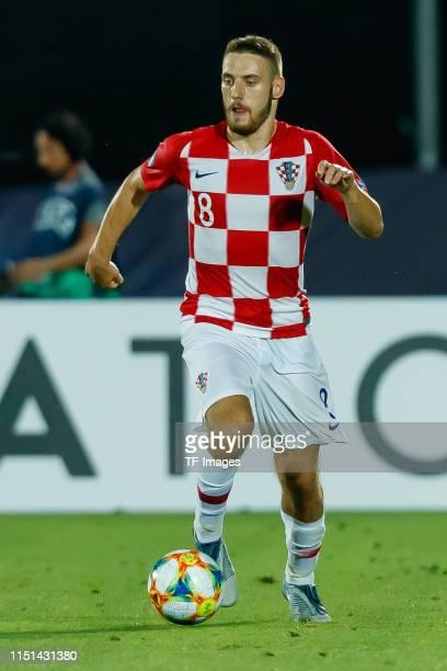 Nikola Vlasic of Croatia controls the ball during the 2019 UEFA U-21 Group C match between France and Croatia at San Marino Stadium on June 21, 2019...