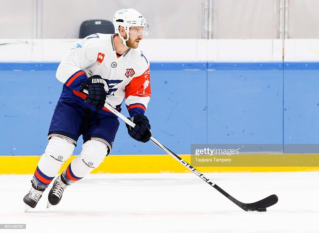 FIN: Tappara Tampere v Adler Mannheim - Champions Hockey League