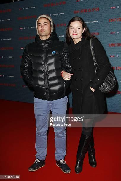 Nikolai Kinski Und Freundin Ina Paule Klink Bei Der Premiere Von Dame König As Spion Im Kino International In Berlin
