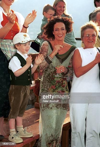 Nikolaus Fortell Mutter Barbara Wussow deren Tante und Schwester ihrer Mutter Heidi Stift VorabFeier zum 50Geburtstag von A l b e r t Fortell...