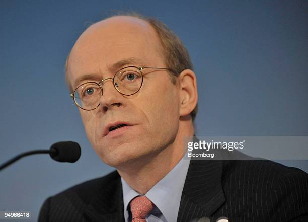 Nikolaus von Bomhard chief executive officer of Munich Re speaks at a news conference in Munich Germany on Tuesday Aug 4 2009 Munich Re the world's...