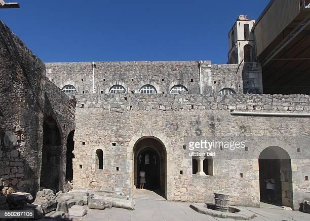 Nikolauskirche in Demre / Myra Türkei Lykische Küste Die StNikolausKirche ist eine ehemalige byzantinische Kirche in der heutigen türkischen Stadt...