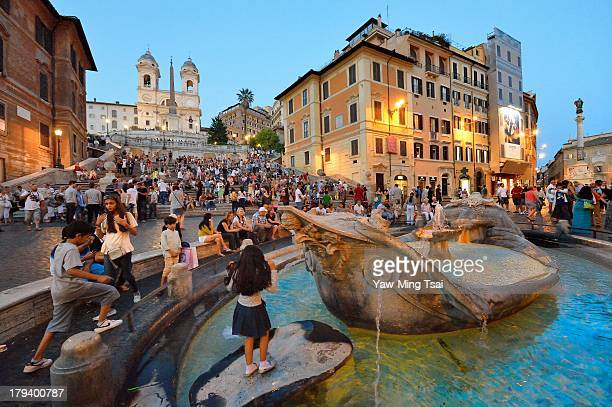 Nikon D4 Nikkor AF 14-24mm f/2.8G ED Piazza di Spagna, at the bottom of the Spanish Steps, is one of the most famous squares of Rome. It owes its...