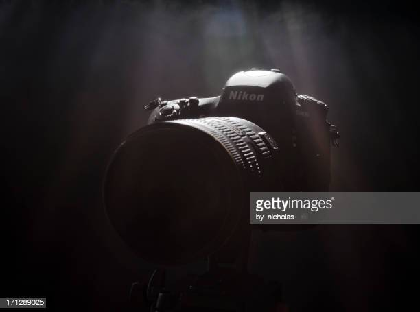 nikon d800 with nikkor 70-200 vrii lens on manfrotto tripod - nikon stock pictures, royalty-free photos & images