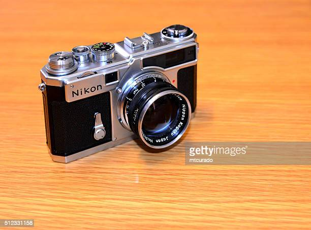 nikon sp - nikon's first professional camera - nikon stock pictures, royalty-free photos & images