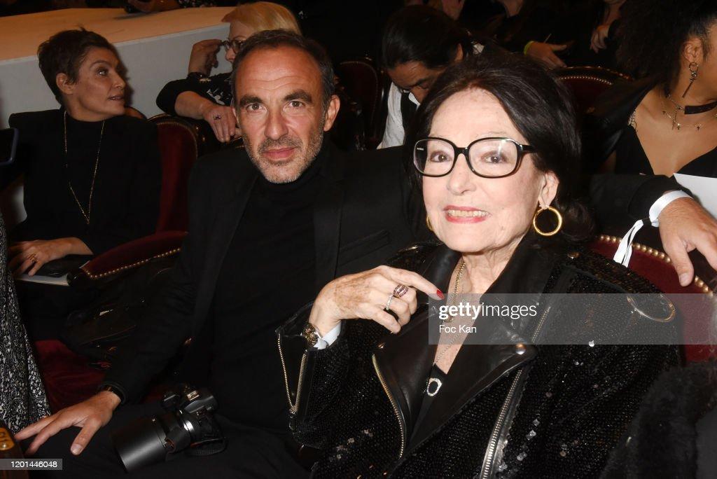 Jean-Paul Gaultier: Front Row - Paris Fashion Week - Haute Couture Spring/Summer 2020 : Photo d'actualité