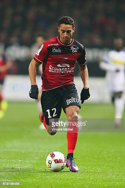 Nill De Pauw of Guingamp during the Ligue 1 match between Guingamp and Angers at Stade du Roudourou on October 29 2016 in Guingamp France