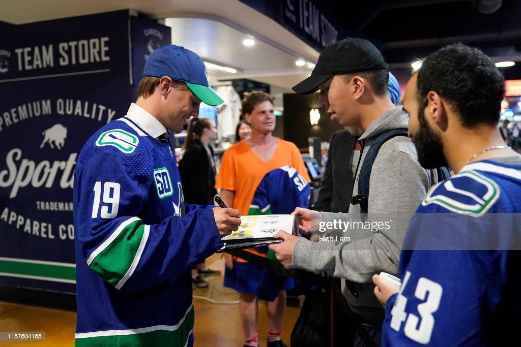 2019 NHL Draft - Round 2-7 : News Photo