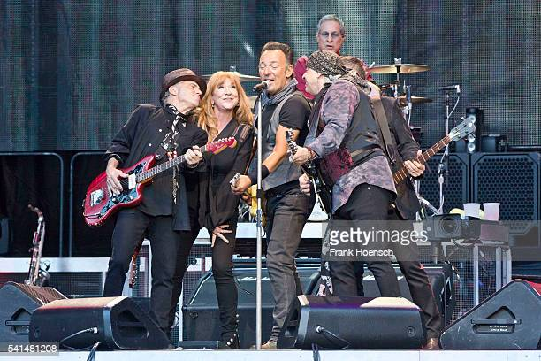 Nils Lofgren Patti Scialfa Bruce Springsteen Steven Van Zandt and Max Weinberg perform live during a concert at the Olympastadion on June 19 2016 in...