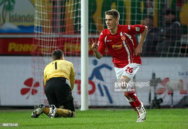 Nils Petersen of Cottbus jubilates after scoring the first goal during the Second Bundesliga match between FC Energie Cottbus and 1.FC Union Berlin...