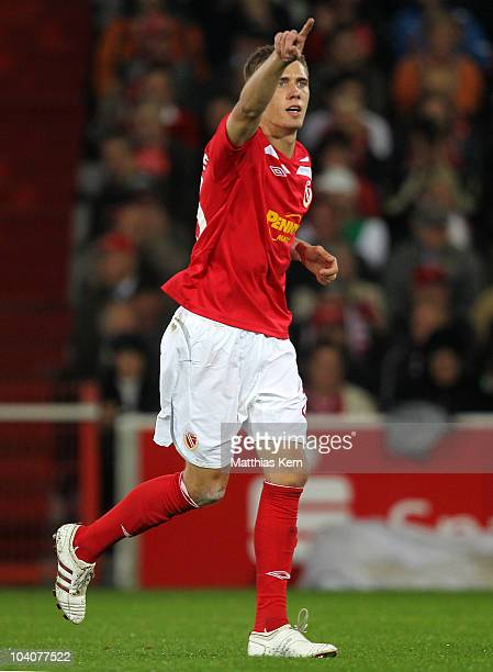 Nils Petersen of Cottbus jubilates during the Second Bundesliga match between FC Energie Cottbus and Karlsruher SC at Stadion der Freundschaft on...