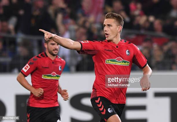 Nils Petersen of SC Freiburg celebrates his goal during the Bundesliga match between Sport Club Freiburg and Hannover 96 at SchwarzwaldStadion on...