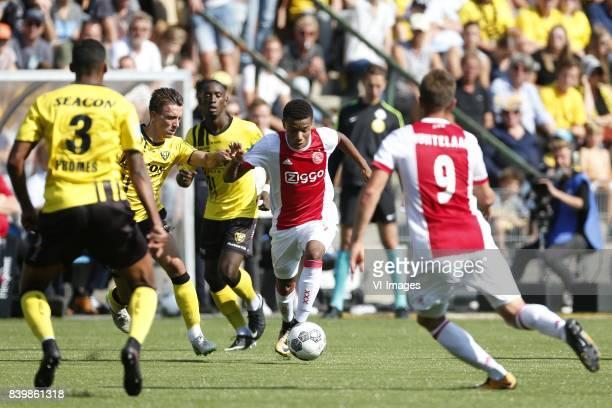 Nils Roseler of VVVVenlo David Neres of Ajax during the Dutch Eredivisie match between VVV Venlo and Ajax Amsterdam at Seacon stadium De Koel on...