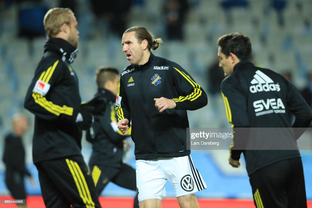 Nils-Eric Johansson of AIK during the allsvenskan match between Malmo FF and AIK at Swedbank Stadion on October 23, 2017 in Malmo, Sweden.