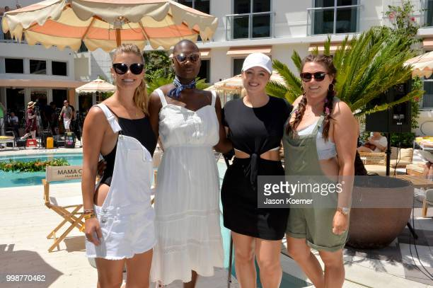 Nina Agdal Cacsmy 'Mama Cax' Brutus Iskra Lawrence and Sarah Tripp pose during the Aerie Swim 2018 panel during the Paraiso Fashion Fair at the...