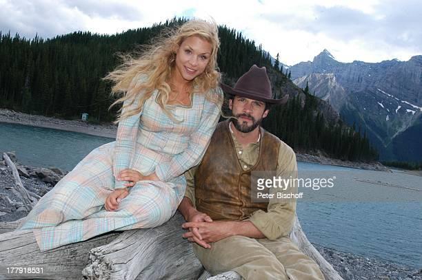 """Nina Gnädig, Martin Rapold, ZDF-Reihe """"Im Tal der wilden Rosen"""", Folge 13: """"Die Macht der Liebe"""" - alter Titel: """"Blinde Liebe"""", Kanaksis bei Calgary,..."""