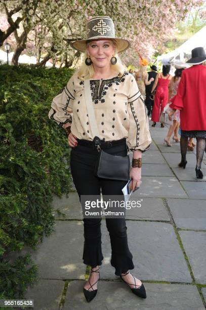 Nina Griscom attends 36th Annual Frederick Law Olmsted Awards Luncheon Central Park Conservancy at The Conservatory Garden in Central Park on May 2...
