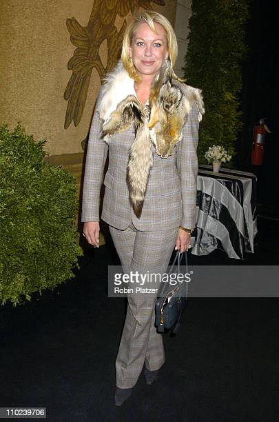 Nina Griscom during The 51st Annual Winter Antiques Show Opening Night Benefitting The East Side House Settlement at The Seventh Regiment Armory in...