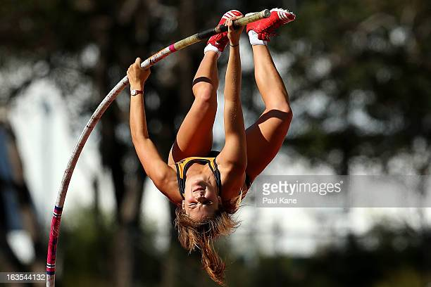 Nina Kennedy of Western Australia competes in the Womens under 18 Pole Vault during day one of the Australian Junior Championships at the WA...