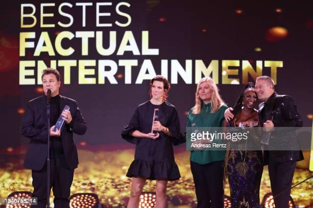 "Nina Klink, Guido Maria Kretschmer, Katja Rieger, Motsi Mabuse and Joachim Llambi, winners of the award ""Bestes Factual Entertainment"", for ""Showtime..."