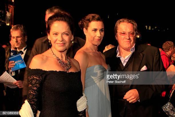 Nina Kunzendorf Michael Brandner Ehefrau Karin Brandner 20 Verleihung Hessischer Film und Kinopreis 2008 Alte Oper Frankfurt Hessen Deutschland...