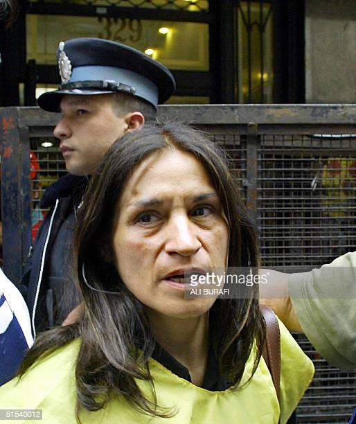 Nina Pelozo de Castells lider junto a su esposo Raul Castells del Movimiento de Jubilados Independientes y Desocupados se retira del Ministerio de...