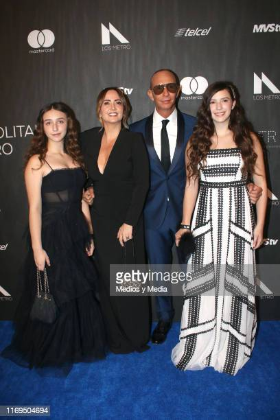 Nina Rubín Legarreta Andrea Legarreta Erik Rubín and Mia Rubín Legarreta poses for photos during the blue carpet of the Premios Metropolitanos de...