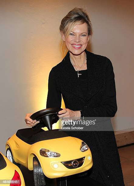 MUNICH GERMANY JANUARY Nina Ruge attends the presentation and vernissage of the calender 'THE ADAM BY BRYAN ADAMS' for Opel at Haus der Kunst on...