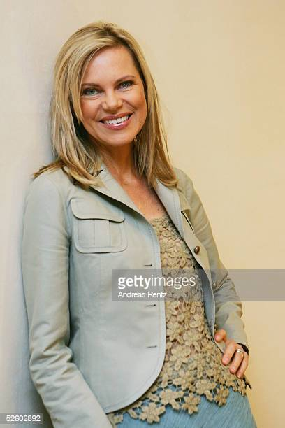 """Nina Ruge poses for the ZDF Photocall the 2000th broadcast of """"Leute Heute"""" at Side Hotel on April 8, 2005 in Hamburg, Germany."""