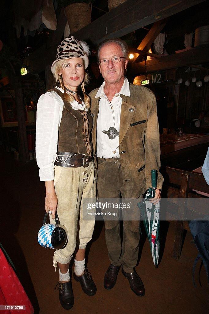 Nina Ruge Und Ehemann Wolfgang Reitzle In Käfers Wiesn