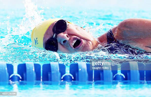 Ninetythreeyearold Maurine Kornfeld of the US competes in the Women's 800m Freestyle at Parc JeanDrapeau during the 15th FINA World Masters...